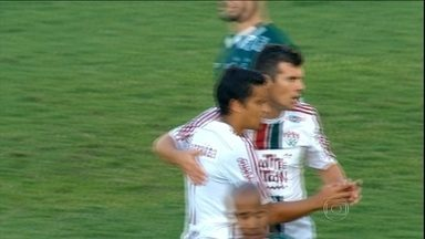 Fluminense vence Goiás com dois jogadores a menos e time chega ao G4 - Diego Cavalieri pegou pênalti e foi um dos destaques da partida no Serra Dourada.