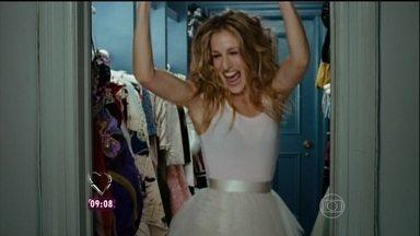 A atriz Sarah Jessica Parker comprou uma casa só para guardar sua roupas - No filme Sex and The City sua personagem Carrie realizou o sonho de ter um closet gigante
