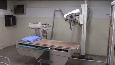 Pacientes na região de Paranavaí estão sem atendimento por falhas na administração - Exames de ultrassom e raio-x estão suspensos. Para um tipo de exame, os aparelhos quebraram, e o outro deixou de ser feito porque o contrato com a empresa prestadora dos serviços venceu.