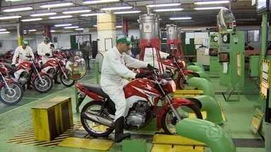 Setor de motos vive um dos piores momentos dos últimos dez anos - O momento é de queda nas vendas e na produção. Em Manaus os fabricantes sentem ainda mais o peso da crise.