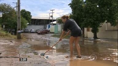 Chuva forte provoca transtornos em 16 cidades do Rio Grande do Sul - Em alguns municípios choveu em um dia, praticamente o volume esperado para o mês de julho todinho.
