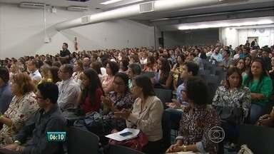 Audiência pública discute efeitos da violência contra jovens negros e pobres - No aniversário de 25 anos do ECA, júri simulado também discutiu pontos contrários e favoráveis à redução da maioridade penal