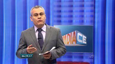 Governador Camilo Santana discute com deputados estaduais taxas de serviços do Estado - Confira os comentários de Roberto Maciel.