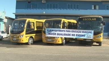 Ji-Paraná recebe novos ônibus escolares - O transporte vai levar professores e alunos para escolas rurais.