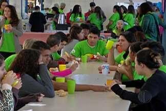 Centro municipal de Jundiapeba oferece serviços gratuitos para a população - Há atendimento na área de nutrição, fisioterapia, psicologia, entre outros.