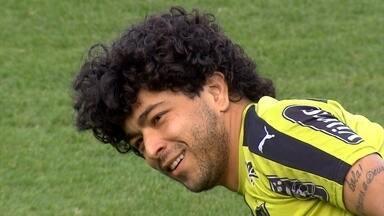Luan está de volta ao time titular do Atlético-MG; Jogador começa contra o Corinthians - Depois de um período fora, Luan reassume o posto de titular