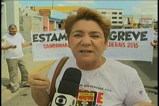 Servidores do INSS de Petrolina realizaram mais um movimento grevista - Desta vez, eles foram acompanhados dos funcionários do IF Sertão