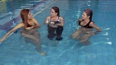 Mamãe Gentil mostra importância da natação e tem papo com Fabíola Molina e Cláudia Leitte - Ex-nadadora e cantora contam suas experiências ao lado de Fernanda Gentil