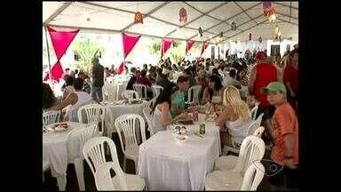 Forró Bobó atrai turistas em Iriri, no Sul do ES - O município realizou a 9ª edição do festival gastronômico.