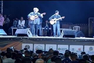 Penúltima etapa do Festival Viola dos Gerais é realizado em Salinas - Três músicas foram classificadas para a grande final em Montes Claros.