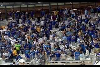 Torcida do Cruzeiro está revoltada com a péssima fase do time - Cruzeiro está em 12º lugar no Brasileirão.