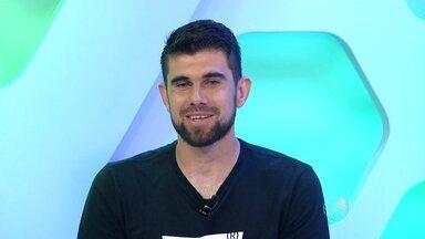 Goleiro Fernando Miguel, do Vitória, participa do Globo Esporte - Confira.