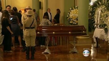 Corpo do ex-prefeito Luiz Paulo Conde é velado em Botafogo, no Rio - O corpo do ex-prefeito do Rio de Janeiro, Luiz Paulo Conde, é velado no Palácio da Cidade, em Botafogo, no Rio. Ele morreu na madrugada desta terça-feira (21), aos 80 anos.