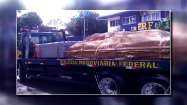 Moradores do Oeste se mobilizam para ajudar famílias atingidas pelo tornado - Policiais rodoviários federais, empresários e funcionários de concessionária fizeram campanha de arrecadação de materiais e produtos para ajudar famílias do sudoeste.
