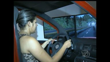 Autoescolas de Santarém ainda não possuem simuladores de direção veicular - Centros de formação de condutores têm até 31 de dezembro de 2015 para se adaptar.