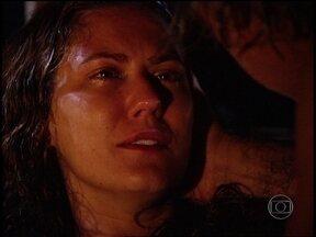 Luana entra em trabalho de parto e Bruno a ajuda - A sem-terra confessa que o ama e Bruno pede que Luana não fuja nunca mais