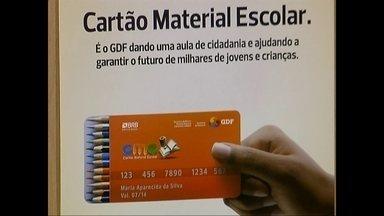 GDF suspende cartão material escolar deste ano - Cerca de 130 mil alunos não vão receber o benefício de R$ 80, prometidos para a compra de cadernos e lápis. Pais e responsáveis não aprovaram a decisão.