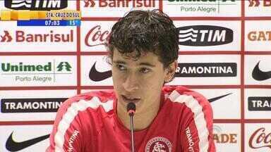 Esporte: Rodrigo Dourado fala sobre Aránguiz - Volante deve deixar o Inter.