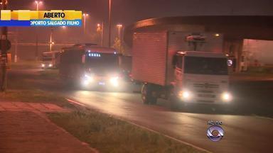 Quarta (29) amanhece com neblina em pontos da Região Metropolitana - Motoristas precisam ter atenção.