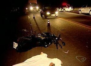 Motociclista morre em acidente na BR-259 em Colatina, Noroeste do ES - Ninguém soube explicar o que aconteceu.