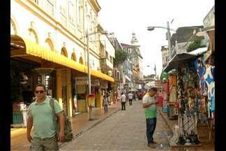 Crise econômica traz prejuízos para lojistas em Belém - Eles esperavam faturar com a moda verão.