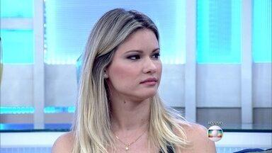 Karen Junqueira sempre foi alvo de ciúmes dos irmãos - 'Eles tinham ciúmes das minhas amigas', conta a atriz