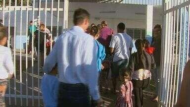 Mudança de horário escolar altera rotina de famílias de São Carlos - Mudança de horário escolar altera rotina de famílias de São Carlos