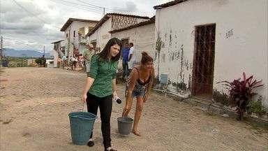 Comunidade do Jabuti, no Eusébio, está sem água na torneira - Meu Bairro na TV visita moradores da região.