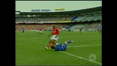 Inter vence Grêmio por 1 a 0 pelo Campeonato Brasileiro de 2006; relembre - Assista ao vídeo.