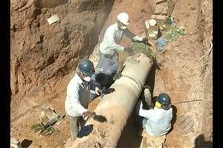 Moradores de 14 bairros em Parauapebas estão sem água desde a última segunda-feira, 3 - O abastecimento foi suspenso depois do rompimento de uma adutora. Técnicos do serviço de água e esgoto da cidade trabalham para recuperar a tubulação.