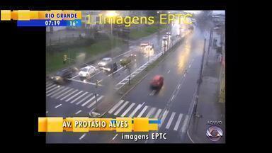 Trânsito: confira a movimentação na manhã desta quarta-feira (5) - Assista ao vídeo.