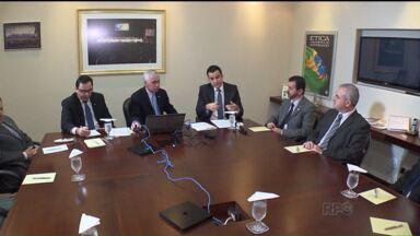 Grupo paranaense reúne comitê para fiscalizar gastos públicos - O comitê reúne profissionais de diversos órgãos, como a OAB, o Conselho Regional de Economia e o Sescap-PR.
