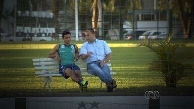 Goiás faz reajuste no contrato do atacante Erik - Verdão ainda pretende negociar o atacante, peça importante no elenco.