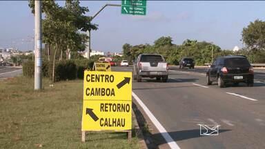 Trânsito é alterado na Avenida Carlos Cunha em São Luís - Trânsito é alterado na Avenida Carlos Cunha em São Luís
