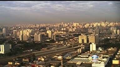 Tempo seco piora a poluição do ar em SP - Segundo informações, se o ar melhorasse em São Paulo, pelo menos seis mil mortes poderiam ser evitadas na maior capital do país.