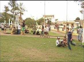 Artistas se reúnem e fazem a alegria dos moradores de Gurupi no 'Nós na Praça' - Artistas se reúnem e fazem a alegria dos moradores de Gurupi no 'Nós na Praça'