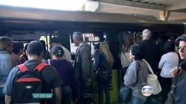 População de Belo Horizonte paga passagens de ônibus mais caras - A Justiça cassou a liminar que suspendia o aumento das tarifas.