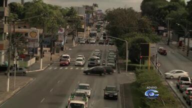 Confira o trânsito no bairro do Farol - O repórter Warner Filho traz mais informações sobre o assunto.