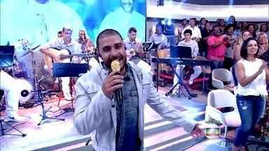 Diogo Nogueira abre o Encontro com sucesso - Cantor embala a plateia