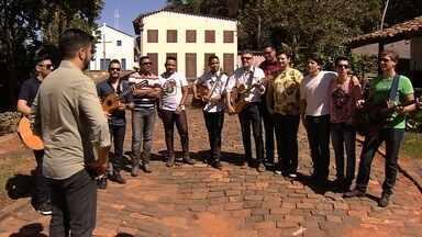 JA1 promove uma gincana entre as seis duplas sertanejas - Saiba como foi a participação dos cantores em uma competição acirrada.