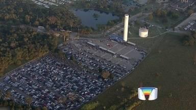 Operários da GM fazem nova assembleia nesta terça-feira (11) - Cerca de 5 mil metalúrgicos iniciaram greve após demissões na montadora.