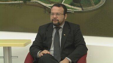 OAB/AP organiza programação para comemorar o Dia do Advogado - Hoje é comemorado o dia do advogado. Uma programação foi preparada para marcar a data. Para falar sobre assunto o presidente da OAB Amapá, Paulo Campelo.