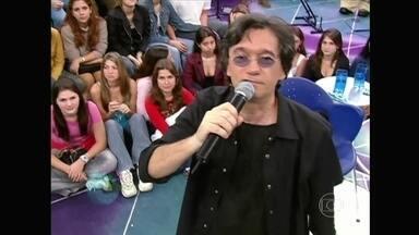 Serginho Groisman relembra o que rolou no programa em 2003 - Apresentador revisita momentos marcantes nos 15 anos de Altas Horas