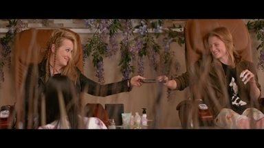 Mamie Gummer fala sobre experiência de interpretar com a mãe, Meryl Streep - As duas estão no filme 'Ricki and the Flash: De volta para casa'. No Brasil, Glória Pires contracena com a filha Antonia Morais em novo filme.