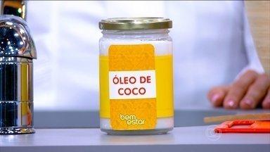 Óleo de coco é rico em gordura saturada e aumenta a inflamação - A nutricionista Ana Maria Lottenberg explica que o óleo de coco aumenta a inflamação no tecido adiposo. Em termos nutricionais, dê preferência para os óleos de soja ou canola.