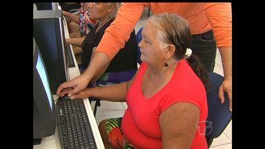 Semtras oferece curso de informática para idosos em Santarém - Novas tecnologias aguçam a curiosidade de qualquer pessoa.