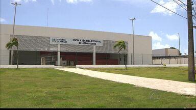 Aberta Escola Técnica Estadual em Mangabeira, João Pessoa - A Escola abriu 230 vagas para cursos técnicos nas áreas de assistente em administração e atendente de telemarketing.