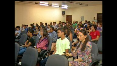 Estudantes de Santarém e região recebem medalhas na Obmep - Encontro reuniu estudantes e professores de várias escolas na região oeste do Pará.