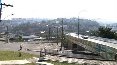 Moradores de Perus discutem mudanças na lei de zoneamento - Nessa audiência pública, a população debate o que vai poder, ou não, ser construído no bairro. Ainda neste sábado (29), vereadores farão esta discussão com os moradores de Pirituba.