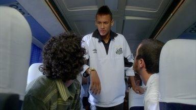 Relembre a primeira participação de Neymar na TV - O jogador gravou a série Aline, em 2011